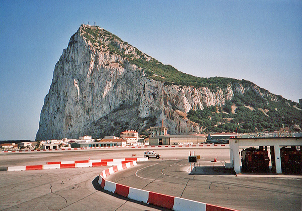 caustic_candy_rock_gibraltar